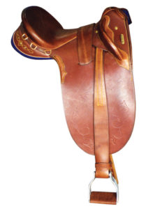 saddle-handsewn-drafter-with-flaps